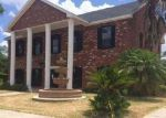 Foreclosed Home en SANTA FE ST, Mission, TX - 78572