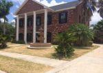 Foreclosed Home en SANTA FE ST, Mission, TX - 78572
