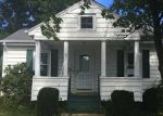 Foreclosed Home en DABOLL CT, Warwick, RI - 02889