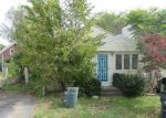 Foreclosed Home en OPHELIA ST, Providence, RI - 02909