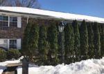 Foreclosed Home en FERNCROFT PARK, Ramsey, NJ - 07446