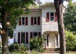 Foreclosed Home en E DIVISION ST, Dowagiac, MI - 49047