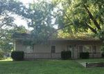 Foreclosed Home en BROOKSIDE DR, Paola, KS - 66071