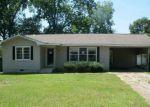 Foreclosed Home en CRESCENT DR, Enterprise, AL - 36330