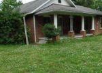 Foreclosed Home en BENTON RD, Paducah, KY - 42003