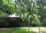 Foreclosed Home en N 2ND ST, Walnut Springs, TX - 76690