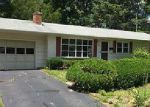 Foreclosed Home en HERITAGE RD, North Kingstown, RI - 02852
