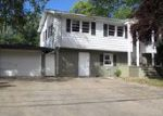 Foreclosed Home en DORSA AVE, Wayne, NJ - 07470