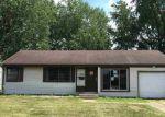 Foreclosed Home en SYLVAN LN, South Bend, IN - 46619