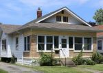 Foreclosed Home en OLIVE AVE, New Albany, IN - 47150