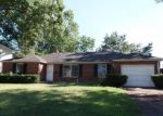 Foreclosed Home en AEBERSOLD DR, New Albany, IN - 47150