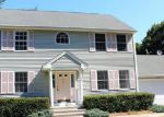 Foreclosed Home en TIFT ST, Jewett City, CT - 06351