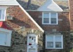 Foreclosed Home en GREEN VALLEY RD, Upper Darby, PA - 19082