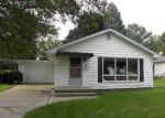 Foreclosed Home en MAITLAND DR, Waukesha, WI - 53188