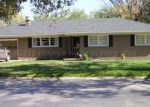 Foreclosed Home en EVERGREEN ST, Pampa, TX - 79065