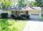 Foreclosed Home en BEVERLY ST, Overland Park, KS - 66204