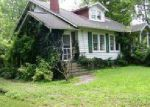 Foreclosed Home en N 6TH ST, Vienna, IL - 62995