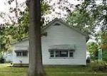 Foreclosed Home en S CHERRY ST, Centralia, IL - 62801