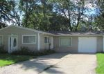 Foreclosed Home en CENTER RD, Streamwood, IL - 60107