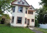 Foreclosed Home en PARK AVE, Cobleskill, NY - 12043