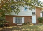 Foreclosed Home en BERRY TREE CT, Charlotte, NC - 28216