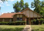 Foreclosed Home en CHERRY STONE CIR, Clinton, MS - 39056