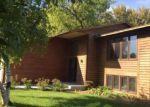 Foreclosed Home en CARDINAL CV, Chaska, MN - 55318