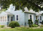 Foreclosed Home en S WASHINGTON AVE, Saint Peter, MN - 56082