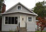 Foreclosed Home en GRATTAN ST, Chicopee, MA - 01020