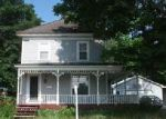 Foreclosed Home en HARRISON AVE, Dover Foxcroft, ME - 04426