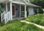 Foreclosed Home en RICHMOND AVE, Mount Sterling, KY - 40353