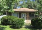 Foreclosed Home en BUCK CREEK BLVD, Indianapolis, IN - 46227