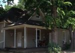 Foreclosed Home in W OAK AVE, Jonesboro, AR - 72401
