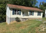 Foreclosed Home en E TOWER ST, Tazewell, VA - 24651