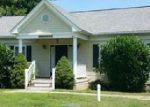 Foreclosed Home en KINGS ORCHARD LN, Montross, VA - 22520