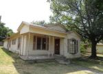 Foreclosed Home en RIPLEY ST, Ennis, TX - 75119