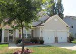 Foreclosed Home en AVERASBORO DR, Clayton, NC - 27520