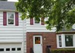 Foreclosed Home en IRVING ST, Lockport, NY - 14094