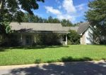 Foreclosed Home in PORTEAUX BAY DR, Biloxi, MS - 39532