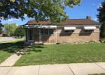 Foreclosed Home en 15 MILE RD, Clinton Township, MI - 48035