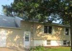 Foreclosed Home en W SCOTT DR, Blue Grass, IA - 52726