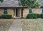 Foreclosed Home en E CHERRY ST, Duncanville, TX - 75116