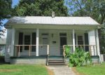 Foreclosed Home en SCOTT ST, Dickson, TN - 37055
