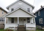 Foreclosed Home en WINTON ST, Syracuse, NY - 13203