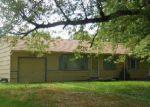 Foreclosed Home en CHULA VISTA DR, Belton, MO - 64012