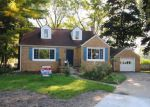 Foreclosed Home en ROSEMARY CT, Midland, MI - 48640