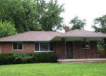 Foreclosed Home en MANN DR, Beech Grove, IN - 46107