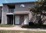 Foreclosed Home en CLUBHOUSE DR, Ypsilanti, MI - 48197