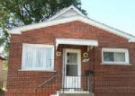 Foreclosed Home en ABBOTT ST, River Rouge, MI - 48218
