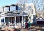 Foreclosed Home en HOYT AVE, Lowell, MA - 01852
